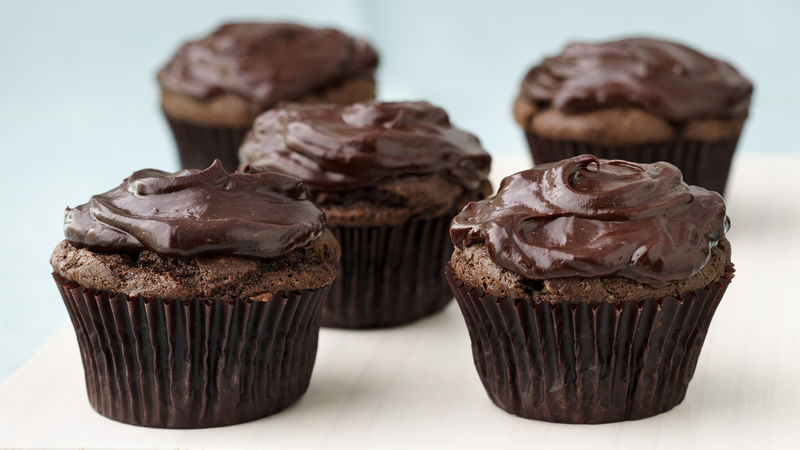 Vegan Chocolate Avocado Cupcakes