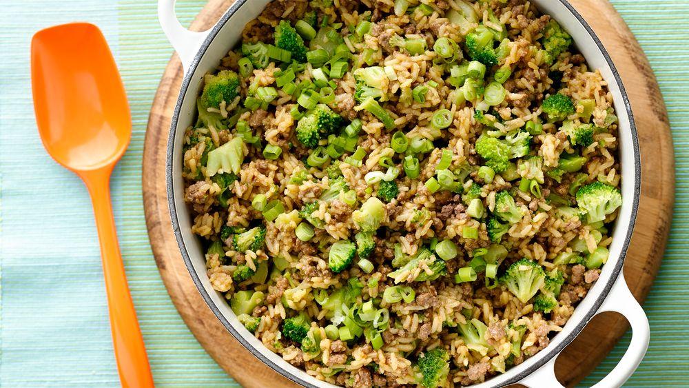 One Pot Ten Minute Beef And Broccoli Recipe From Pillsbury Com