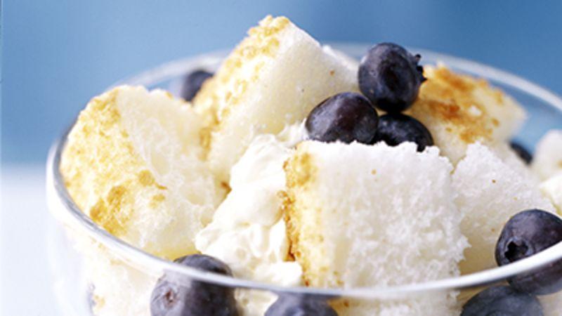 Skinny Lemon Cream and Berry Dessert