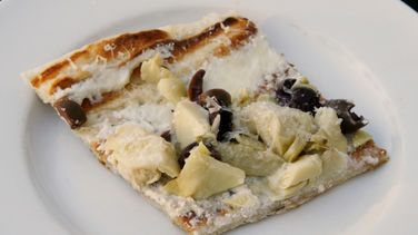 Artichoke and Kalamata White Pizza