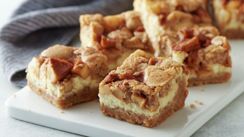 Snickerdoodle-Apple Cream Cheese Bars