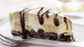 Skinny Devil's Food Ice Cream Pie