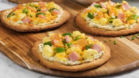 Personal Canadian Bacon Breakfast Pizzas