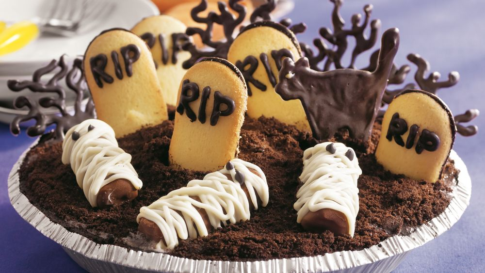 Graveyard Ice Cream Cookie Pie
