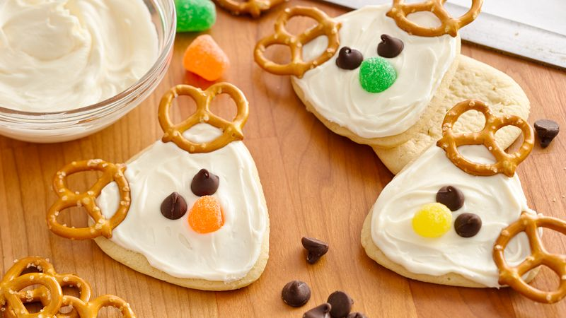 Frosted Reindeer Cookies Recipe Pillsbury Com