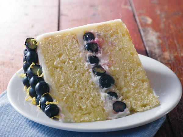 Lemon Buttercream Cake with Blueberries