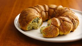 Game-Day Spinach Pull-Apart