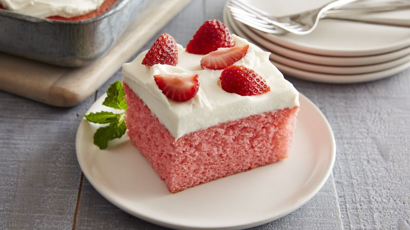 Best Strawberry Cake With Cream Cheese Frosting