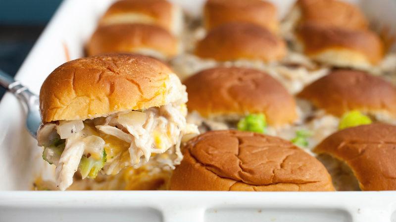 Hawaiian Roll Cheesy Chicken Casserole