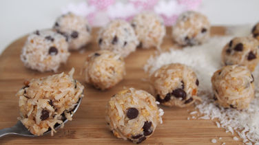 No-Bake Chocolate-Coconut Energy Bites