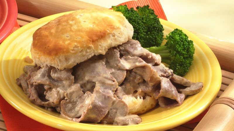 Stroganoff in Biscuits