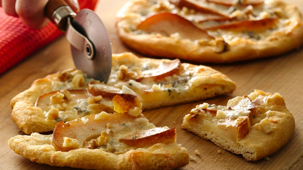 Grands!™ Pear and Gorgonzola Mini Pizzas
