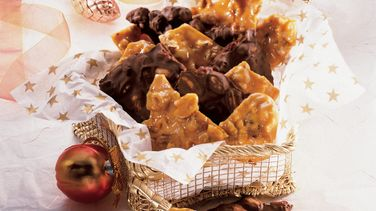 Spiced Walnut Brittle