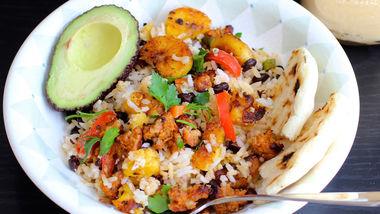 Colombian Arroz Con Pollo Chicken And Rice Recipe Quericavida Com