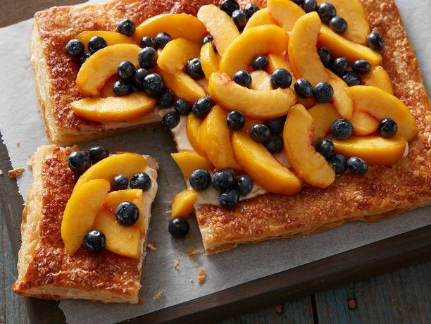 Fresh Peach and Blueberry Tart