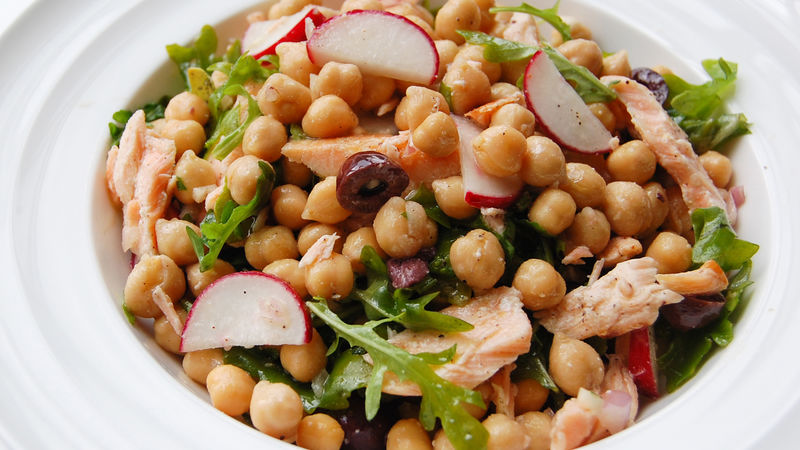 Chickpea, Salmon and Arugula Salad