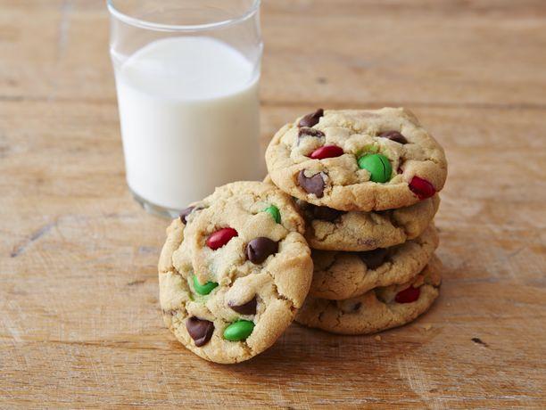 Chocolate Chip M&Ms™ Christmas Cookies