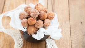 Mini Churro Doughnut Holes