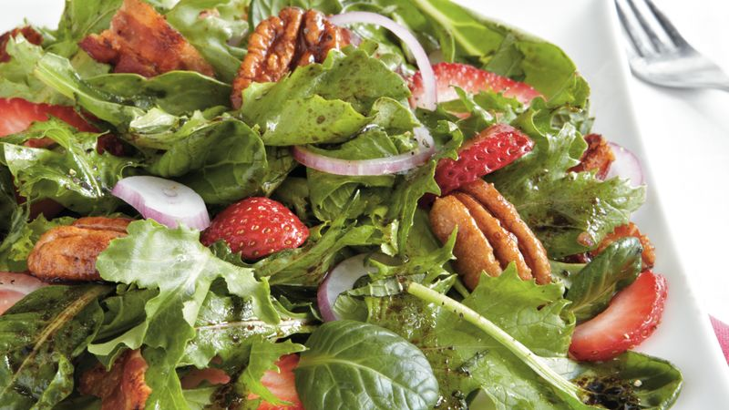 Berry-Pecan Green Salad