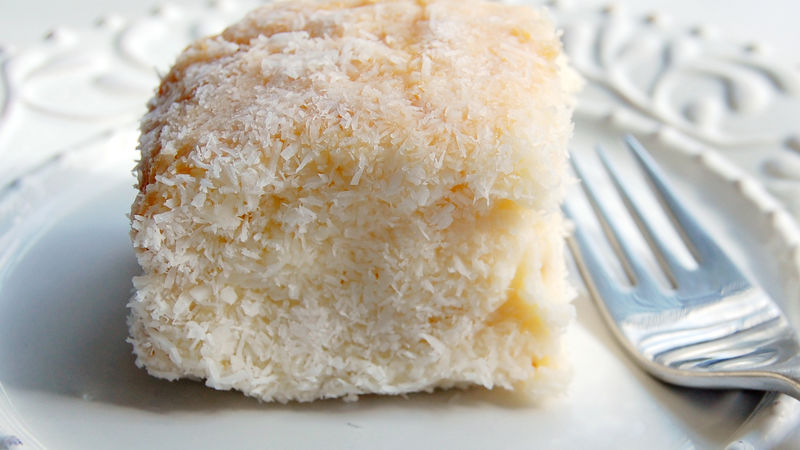 Cool Coconut Cake