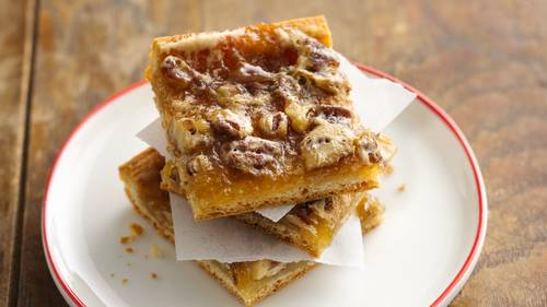 Reduced-Sugar Quick Crescent Pecan Pie Bars