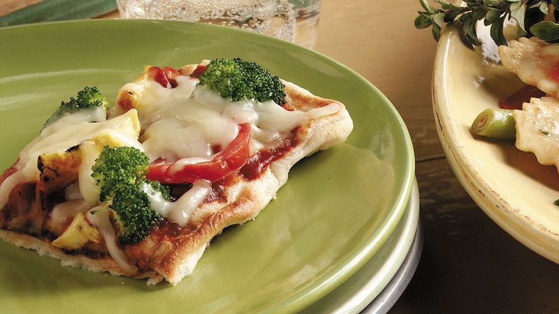 Skinny Grilled Fresh Vegetable Pizza