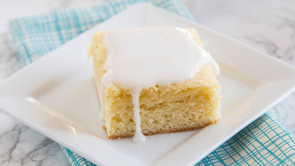 Lemon Blondie Bars