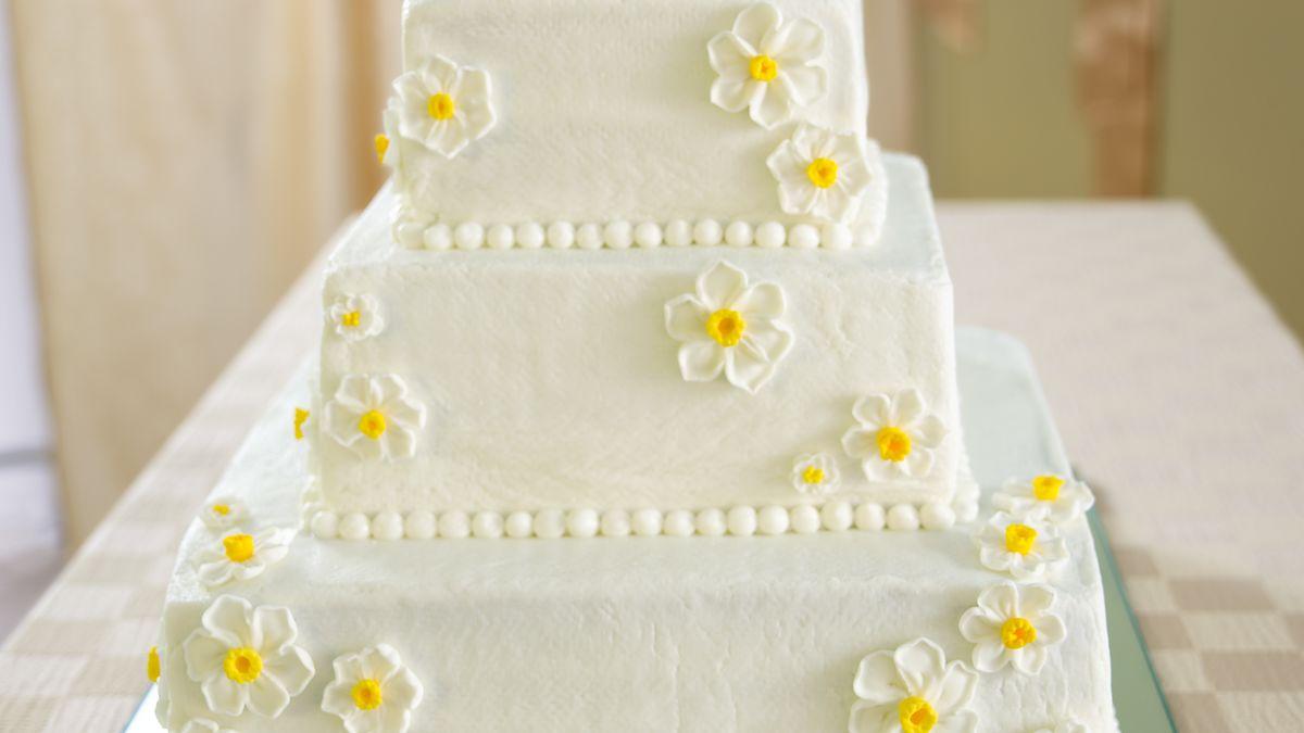DIY Wedding Cupcakes - BettyCrocker.com