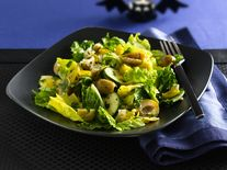 Artichoke and Mixed Greens Salad