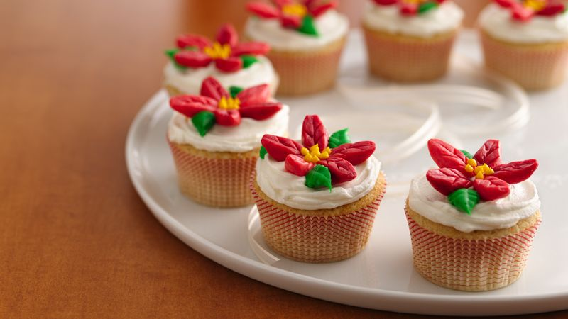 Poinsettia Cupcake Wreath