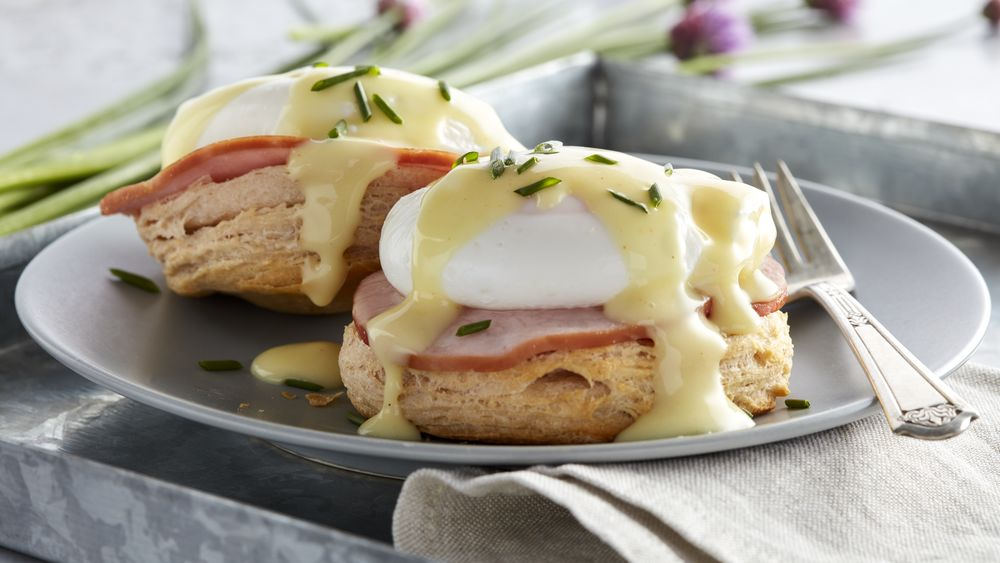 Grands 174 Eggs Benedict Recipe From Pillsbury Com