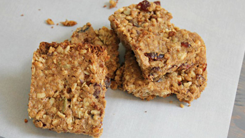 Chia, Granola and Cranberry Bars