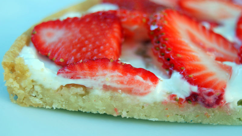 Summer Strawberry Pizza