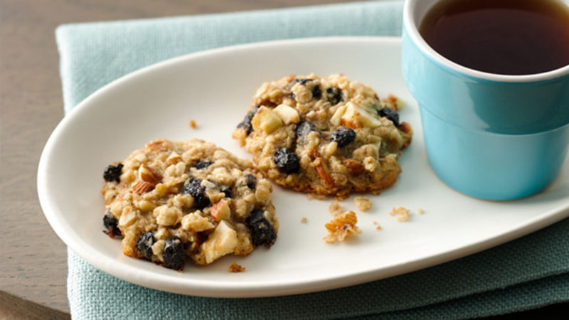 Blueberry-Almond Breakfast Cookies