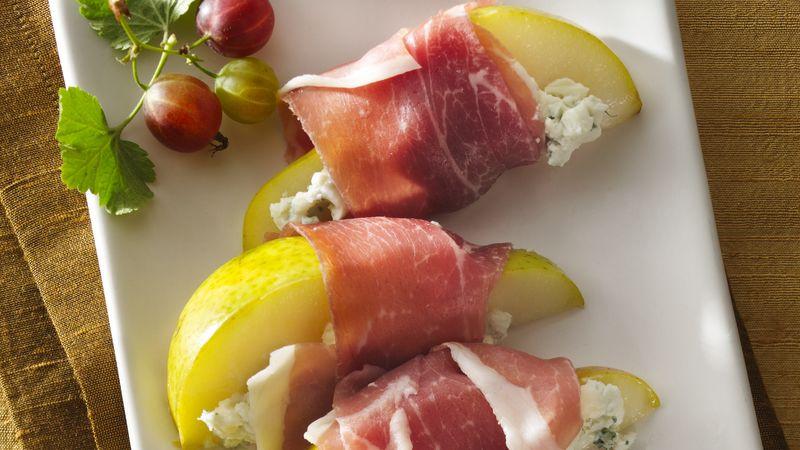 Prosciutto and Creamy Blue Cheese Pear Slices