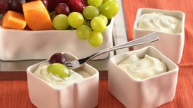 5-Minute Creamy Fruit Dip