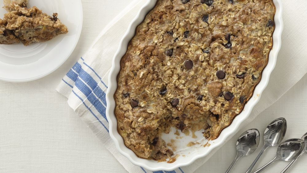 Peanut Butter, Chocolate and Banana Baked Oatmeal