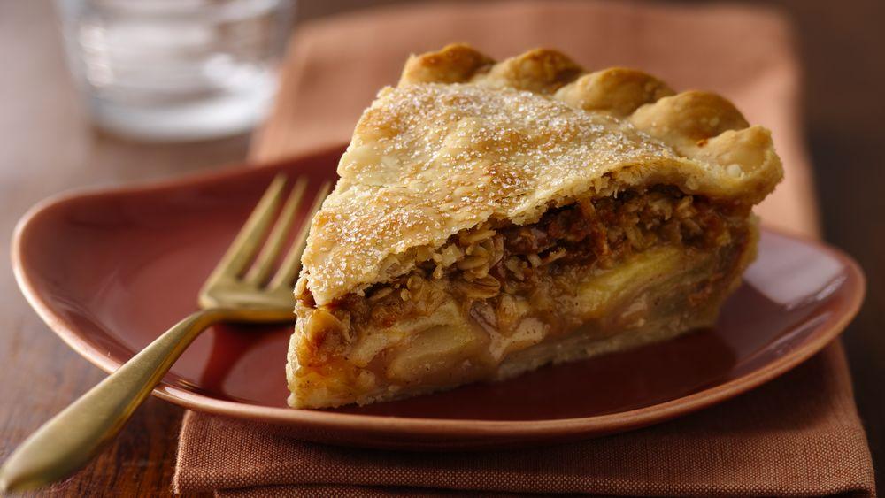 Pear Caramel Apple Praline Pie