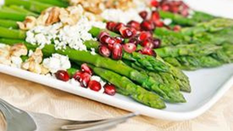 Asparagus with Pomegranate, Toasted Walnuts and Blue Cheese