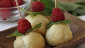 Mini Cream Puff Pops