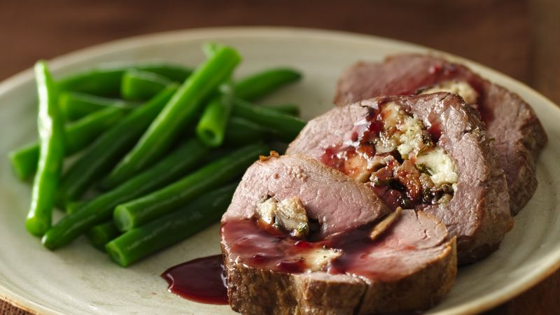 Gorgonzola- and Mushroom-Stuffed Beef Tenderloin with Merlot Sauce