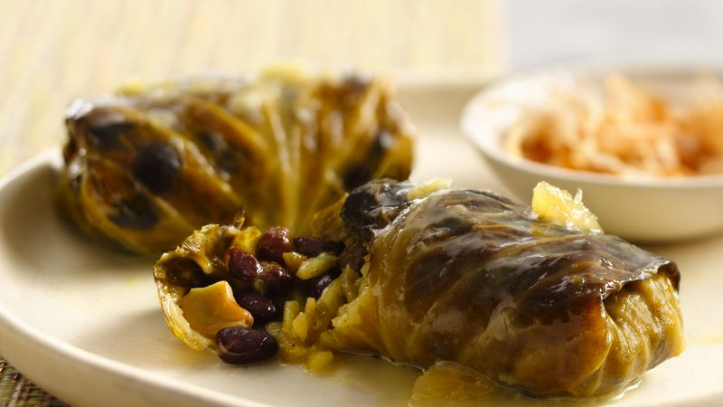 Slow-Cooker Tropical Stuffed Cabbage Rolls