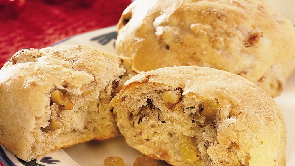 Walnut, Hazelnut and Golden Raisin Wheat Rolls