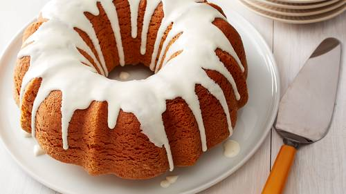 pumpkin bundt cake with cream cheese glaze recipe bettycrocker com