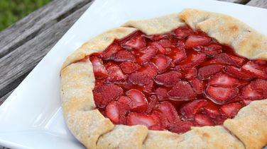 Grilled Strawberry Galette