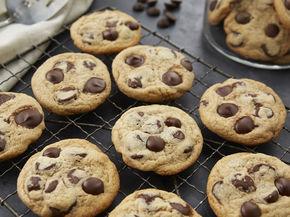 Tahini-Chocolate Chip Cookies
