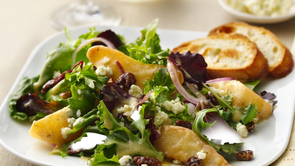 Caramelized Pears and Gorgonzola Salad
