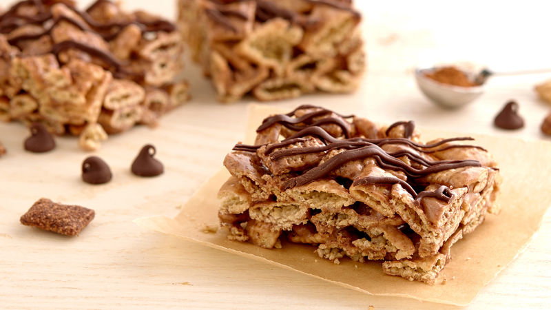 Gluten-Free Chili-Chocolate Cereal Bars