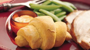 Pumpkin Dinner Crescents