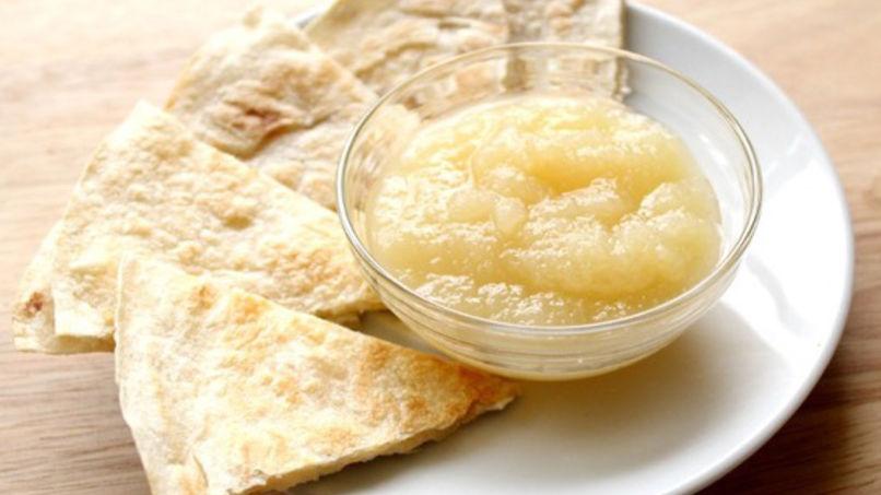 Quesadilla de Queso y Salsa de Manzana